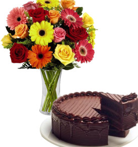 bouquet-di-gerbere-e-rose-co-torta-al-cioccolato